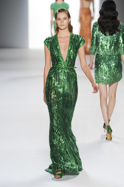 emerald green elie saab sequin gown dress pantone color of the year