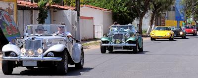 MPs e Pumas se dirigem para o 2º Encontro de Pumas e Carros Antigos de Pernambuco.