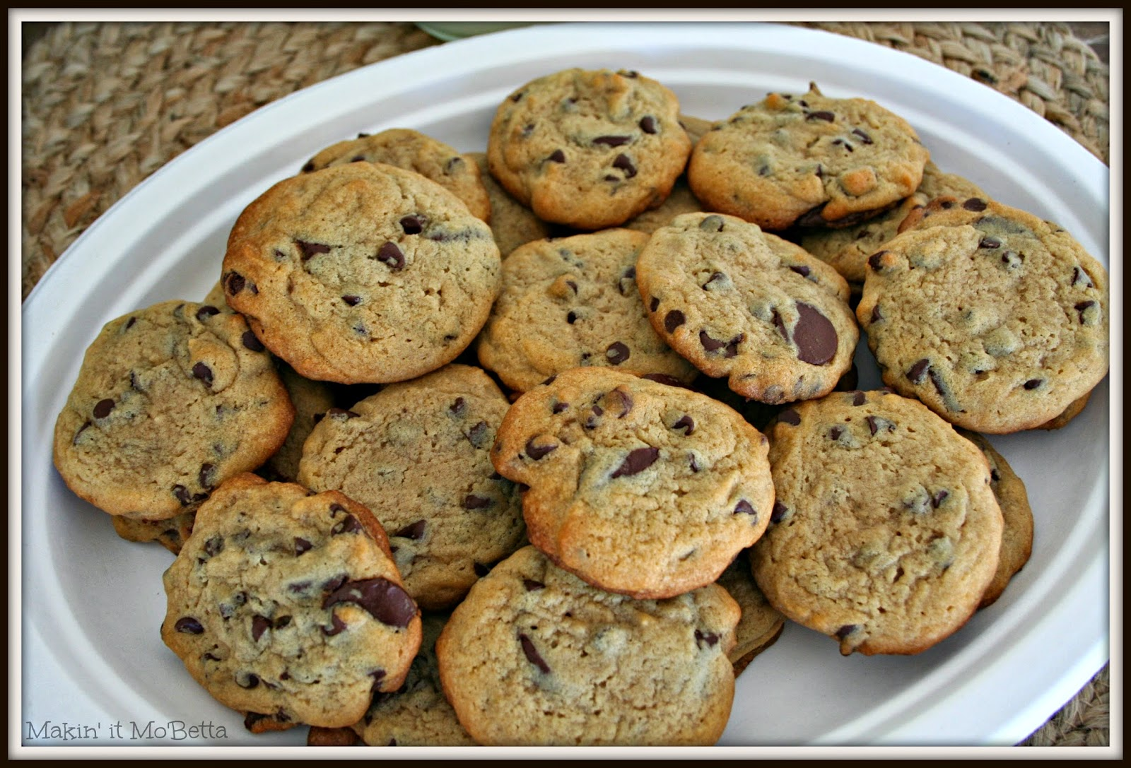 The Ultimate Chocolate Chip Cookies - Makin' it Mo'Betta