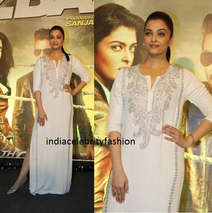 Aishwarya rai in Monisha Jaising Gown at Jazbaa Screening