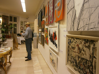 Obrazy wystawione w Rempexie, przy ulicy Karowej