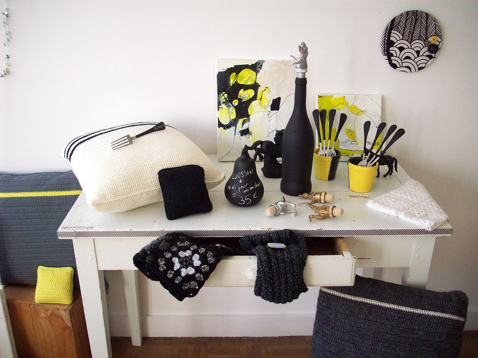 le petit yaka moderne expo d co pisode six la peinture ardoise. Black Bedroom Furniture Sets. Home Design Ideas