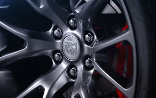 2013 SRT Viper Wheels and brake
