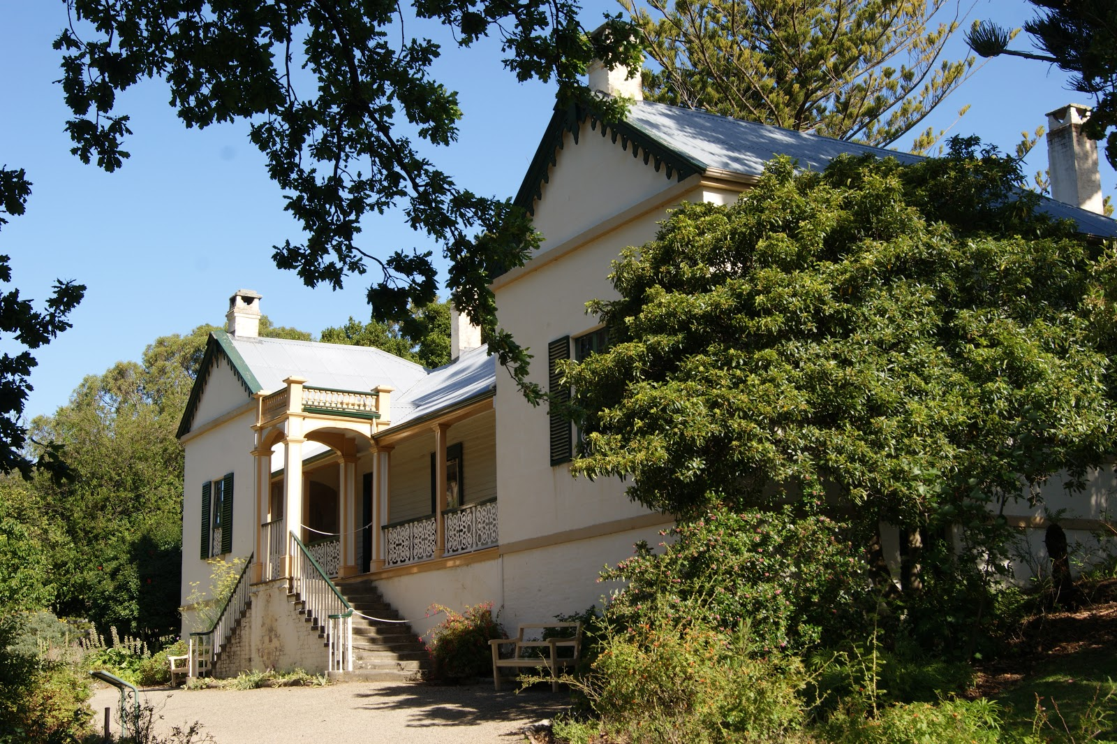 On the convict trail the commandants house port arthur the commandant was port arthurs most senior official a residence befitting his rank and position was erected on high ground on the fringe of settlement in malvernweather Choice Image
