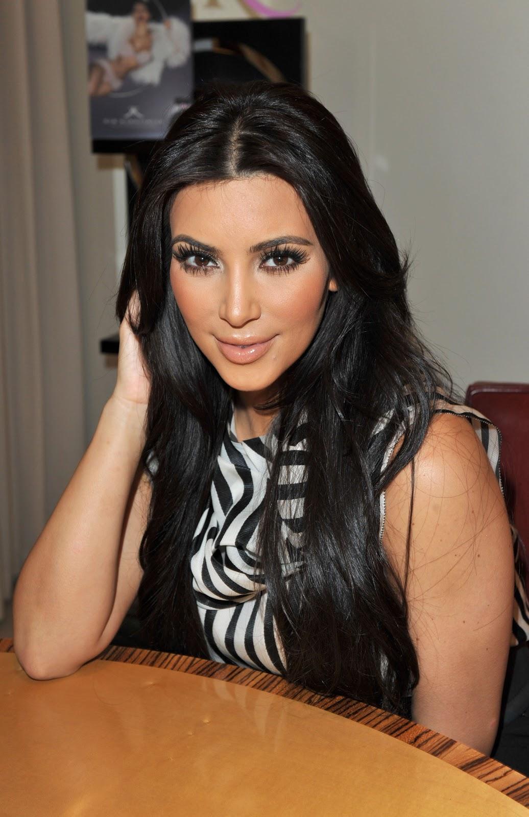 Kim Kardashian Straight Hairstyles
