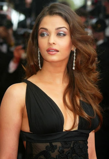 aishwarya rai in suits