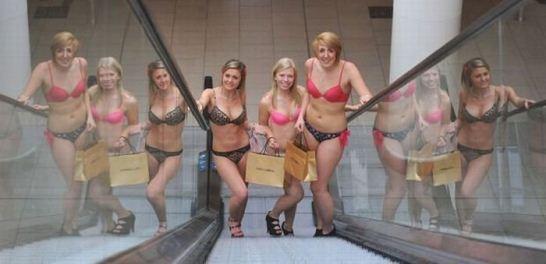 naked-shopping-belanja-telanjang-5