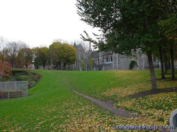 Groupon: soggiorno a Dublino per 2 a € 21,25 a persona per notte ...