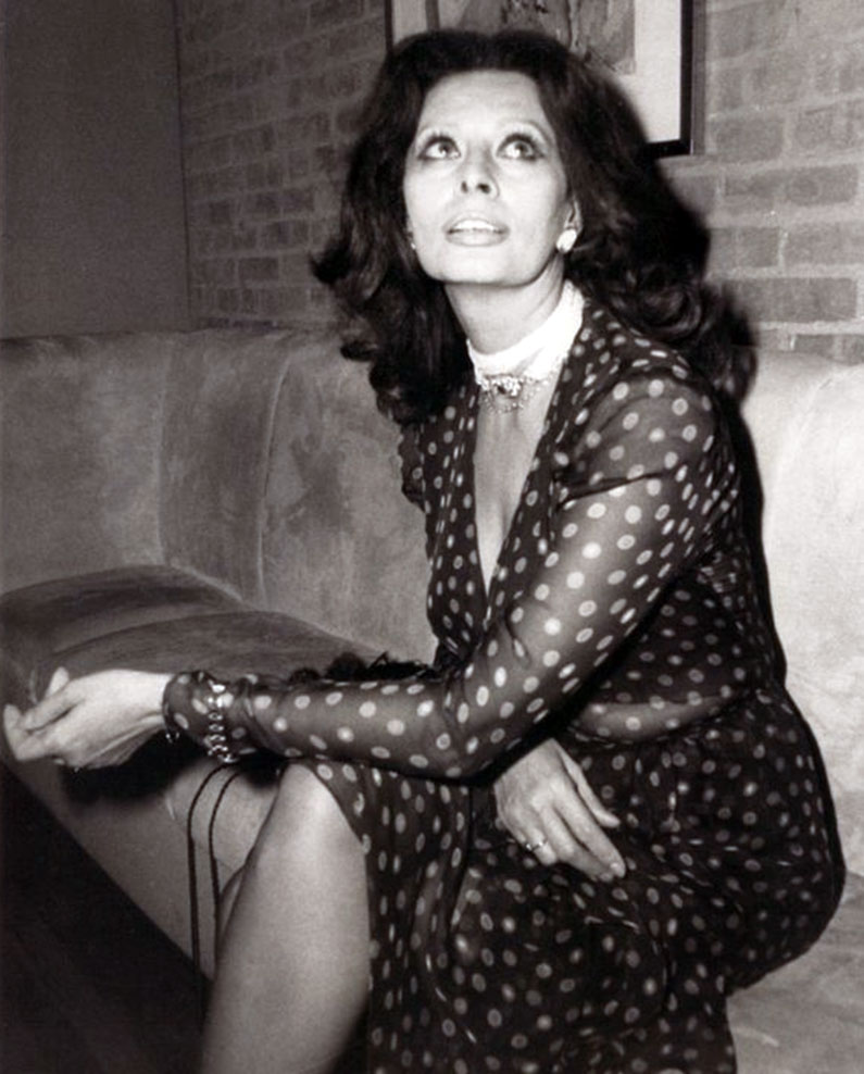 This next photo of sophia loren is the earliest known Sophia house