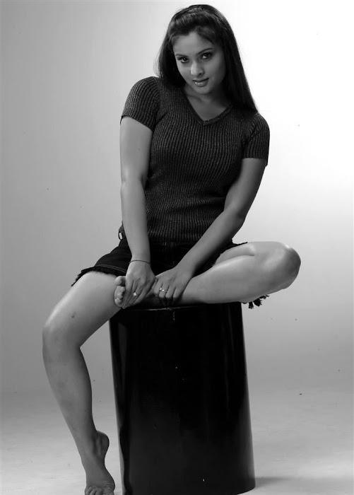 divya spandana new hot photoshoot