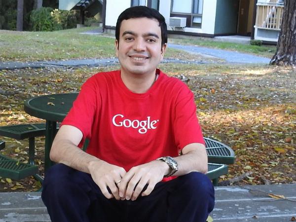 جوجل تكشف عن المبلغ الذي دفعته للشخص الذي اشترى إسم نطاق Google.com !