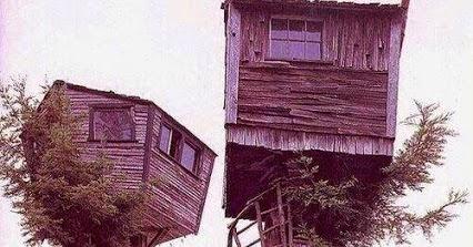 Arquitectura de casas raras casas peque as r sticas sobre - Casitas de madera pequenas ...