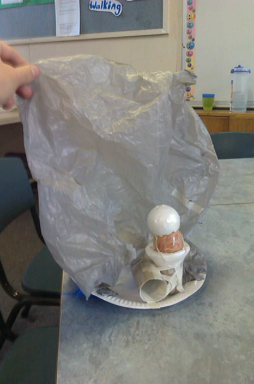 how to make a parachute for an egg