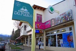 Farmacia Del Pueblo