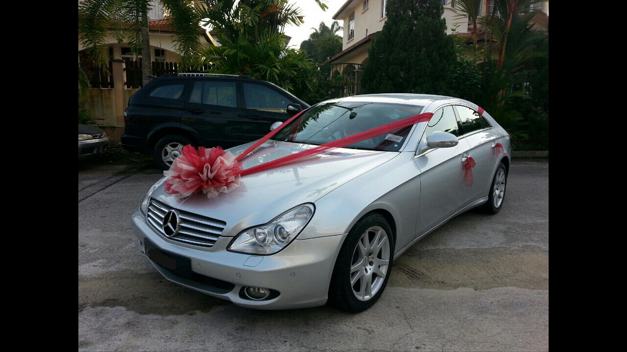 Redorca malaysia wedding and event car rental mercedes for Mercedes benz truck leasing