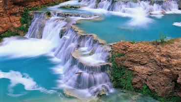 #9 Waterfall Wallpaper