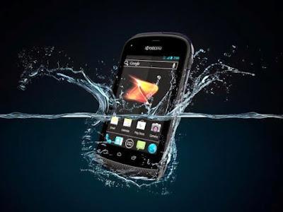 cara memperbaiki handphone yang tersiram air