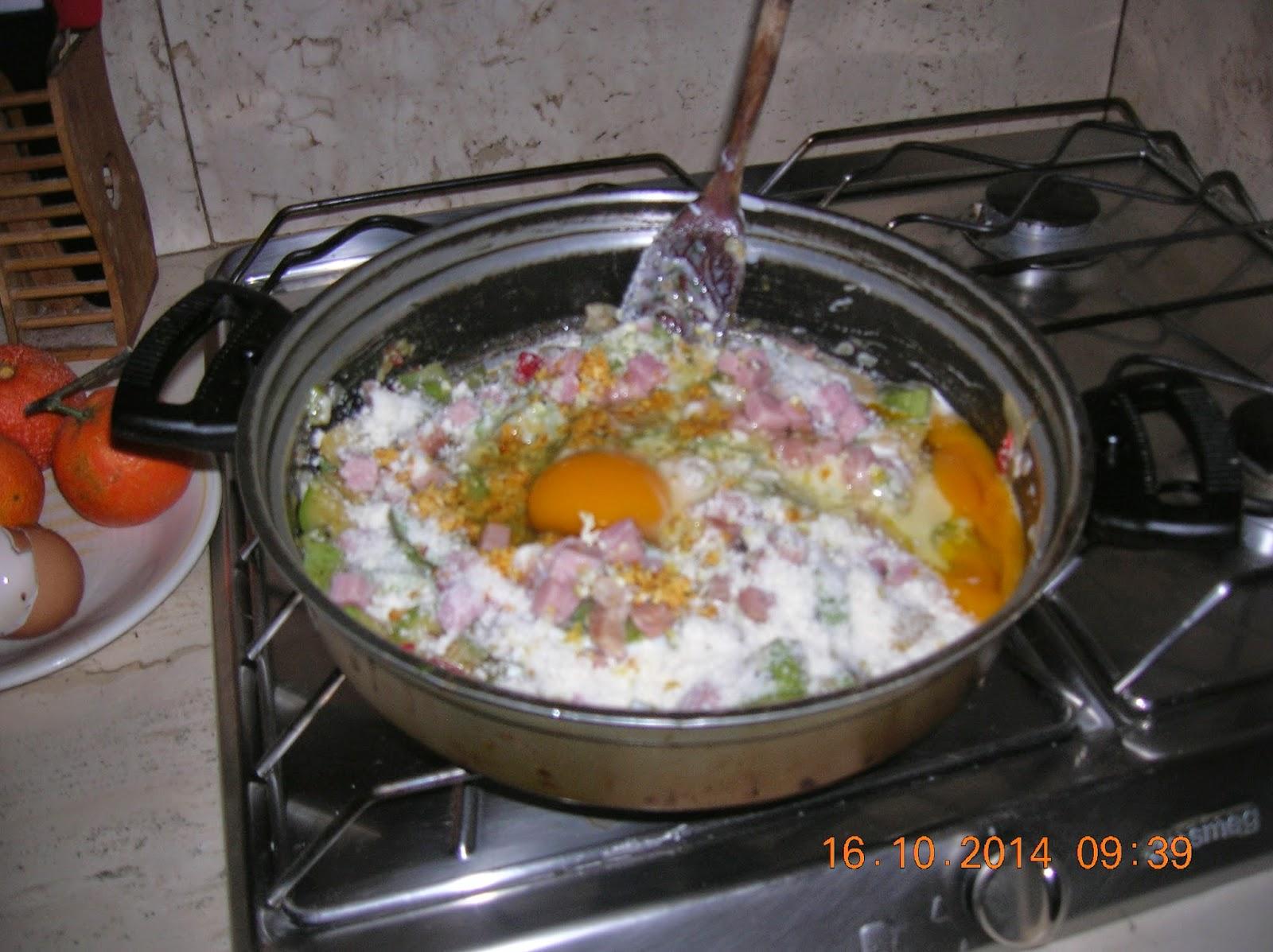 quick di zucchine con yogurt- su mustazzeddu  de tomatiga  con doppia lievitazione