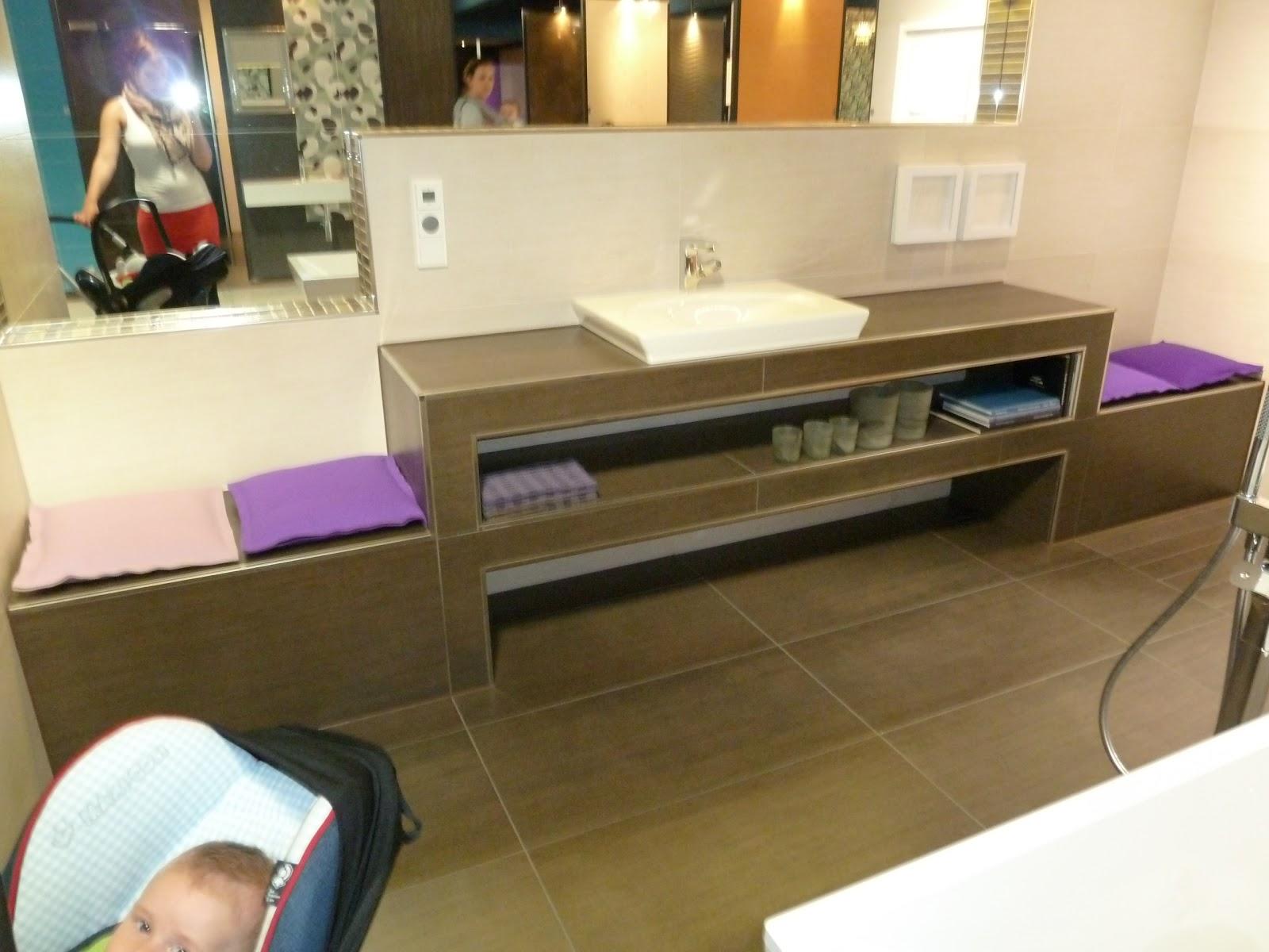 gr n grau wohnzimmer. Black Bedroom Furniture Sets. Home Design Ideas