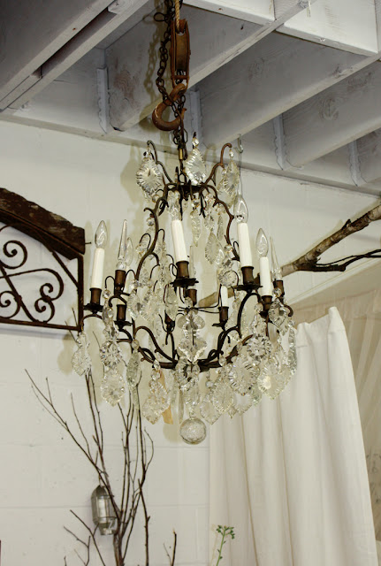 D Cor De Provence The Perfect Vintage Chandelier