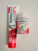 Zahnpflege, Zahnpflegekaugummi, Mundhygiene, rote Zahnpasta mit Glitzer
