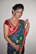 Shilpa chakravarthy sizzling pics-thumbnail-20