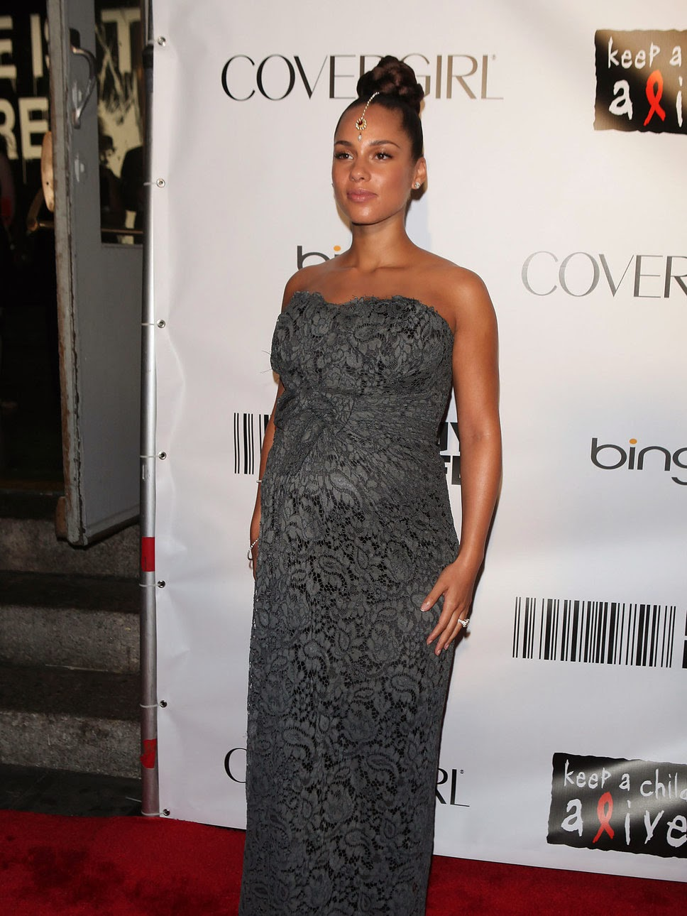 Alicia Keys is pregnant and preparing for the wedding 05/29/2010 56