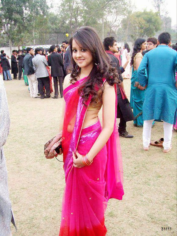 Desi College Girls In Saree