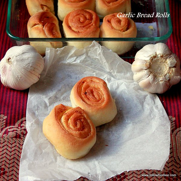 Garlic Bread Rolls Recipe