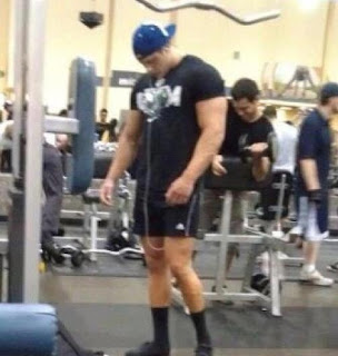 Big Arms, Small Legs