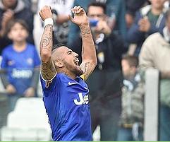 """Juventus revela que """"no quisimos vender a Vidal al Manchester United"""""""