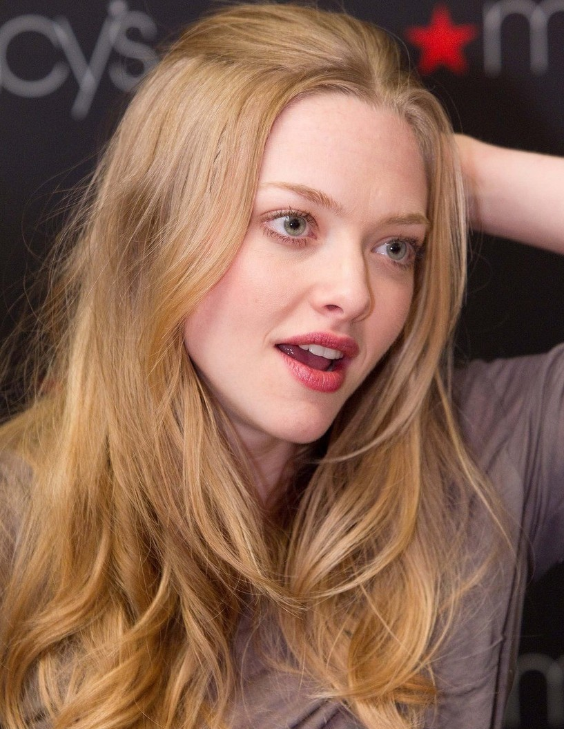 Long Center Part Hairstyles, Long Hairstyle 2011, Hairstyle 2011, New Long Hairstyle 2011, Celebrity Long Hairstyles 2081
