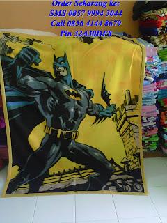 selimut anak karakter batman murah warna kuning