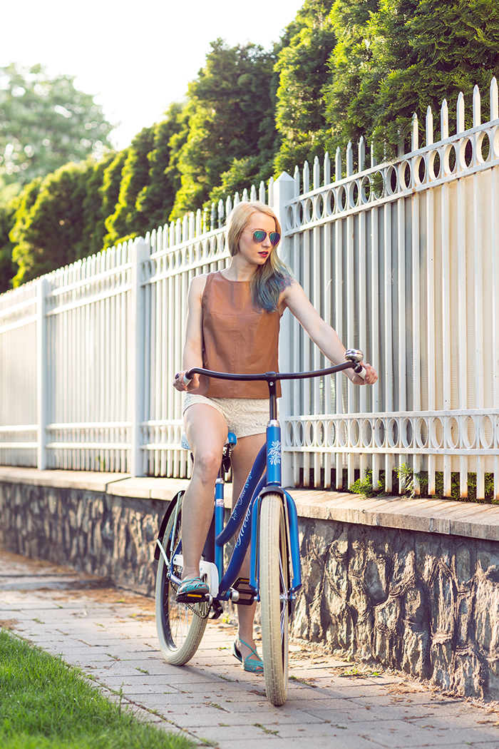Skinny Buddha bicycle outfit
