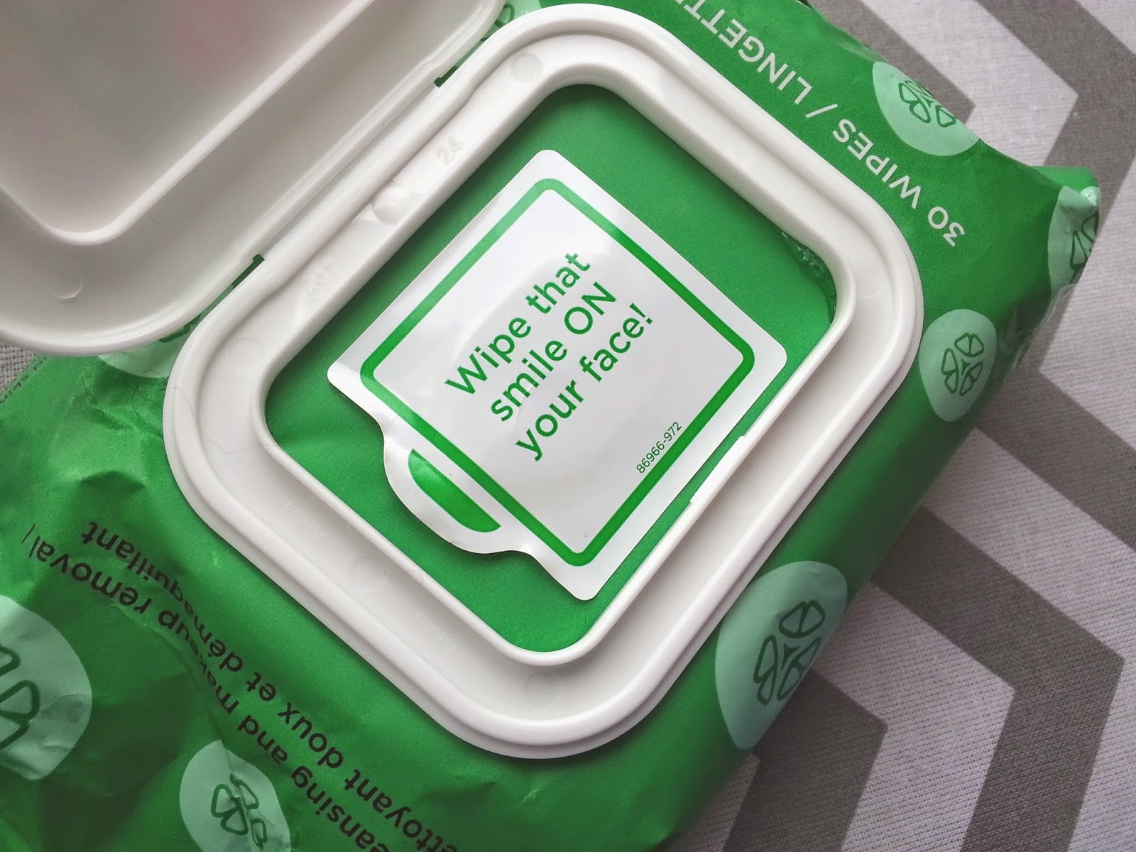 Yes To Cucumbers Face Wipes Review