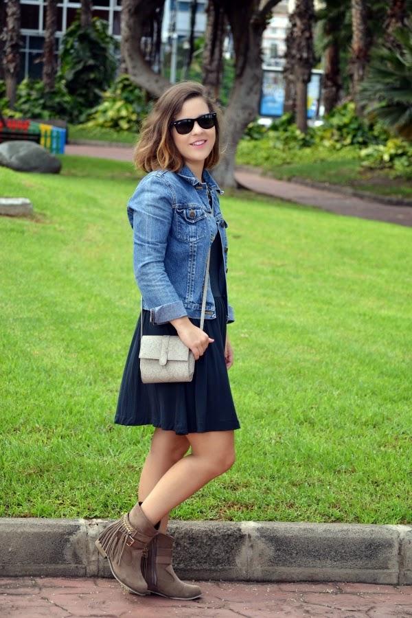 look_outfit_boho_chic_botas_flecos_vestido_lolalolailo_05