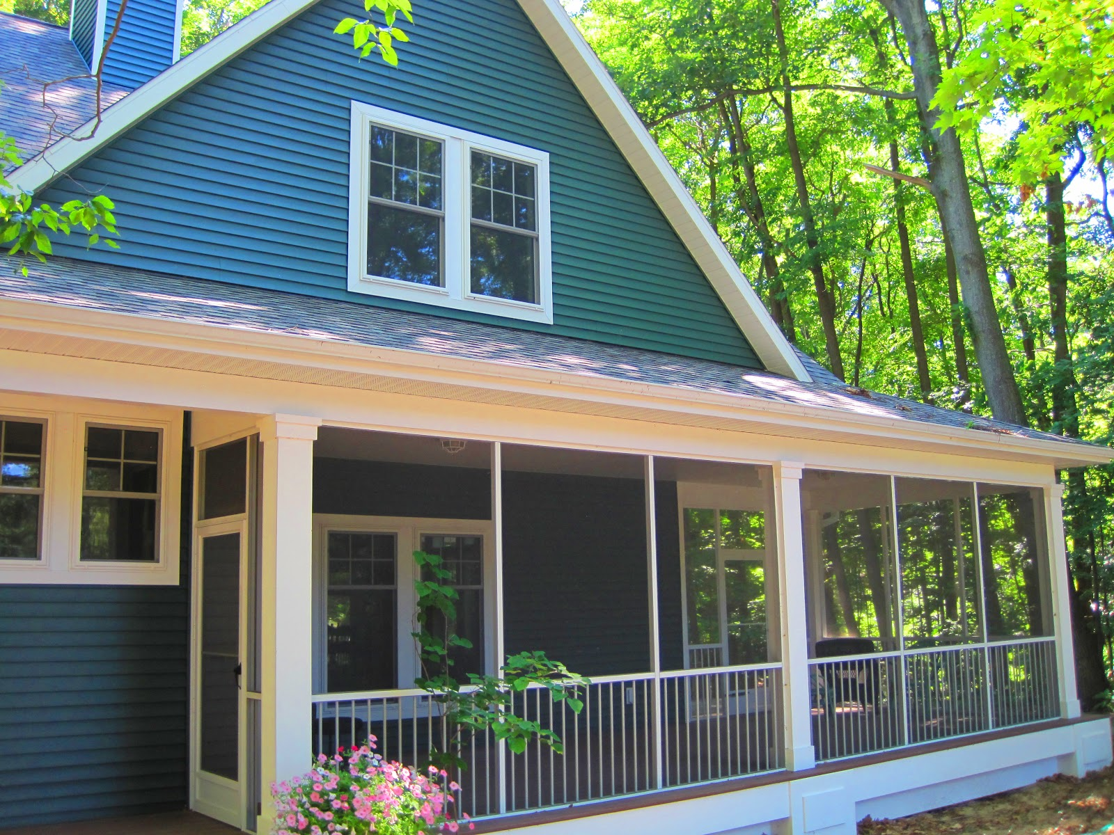 Waterfront luxuryhomes 6676 indian pipe cir holland mi 49423 for Tiny house holland michigan