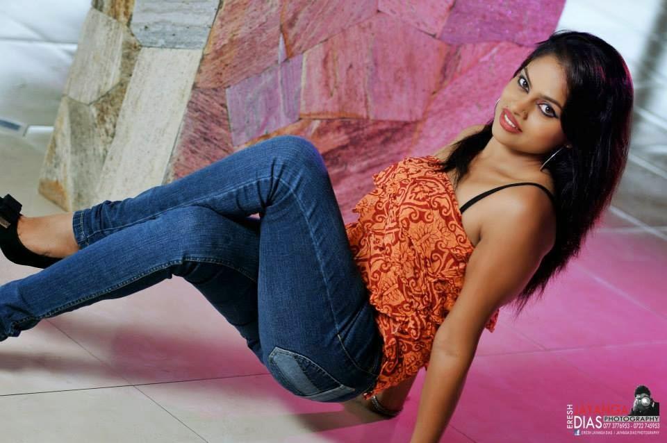Thanuja Jayasinghe sl model