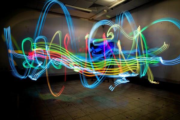 Luis Hernan đã chụp hình ảnh sóng Wifi bằng cách nào? và các hình ảnh đẹp ( Có link tải luôn nha) Hinh+anh+thuc+song+wifi+4