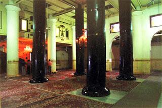 tiang masjid demak