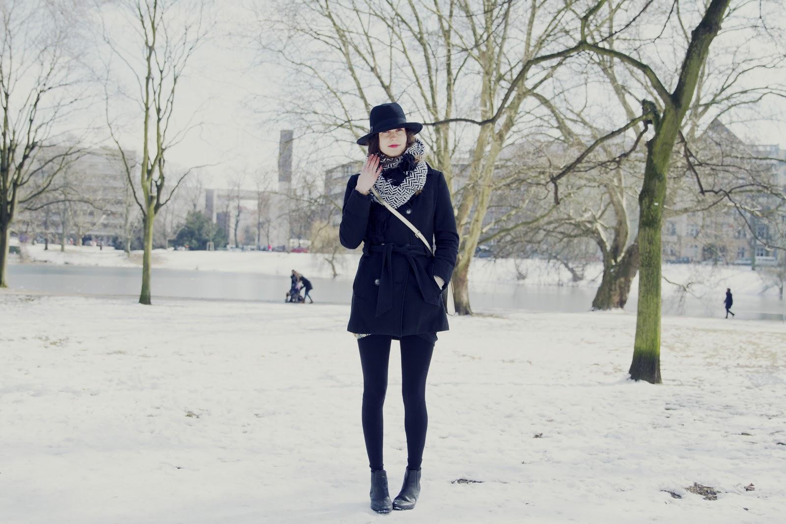 winter wonderland in march heylilahey. Black Bedroom Furniture Sets. Home Design Ideas