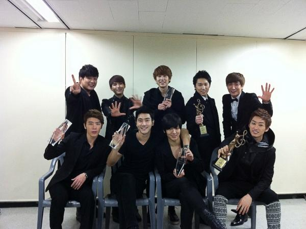 Super Junior won Seoul Music Awards