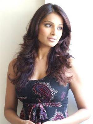Bollywood Bips Actress Bipasha Basu Latest Wallpapers Pics Scenes 2011