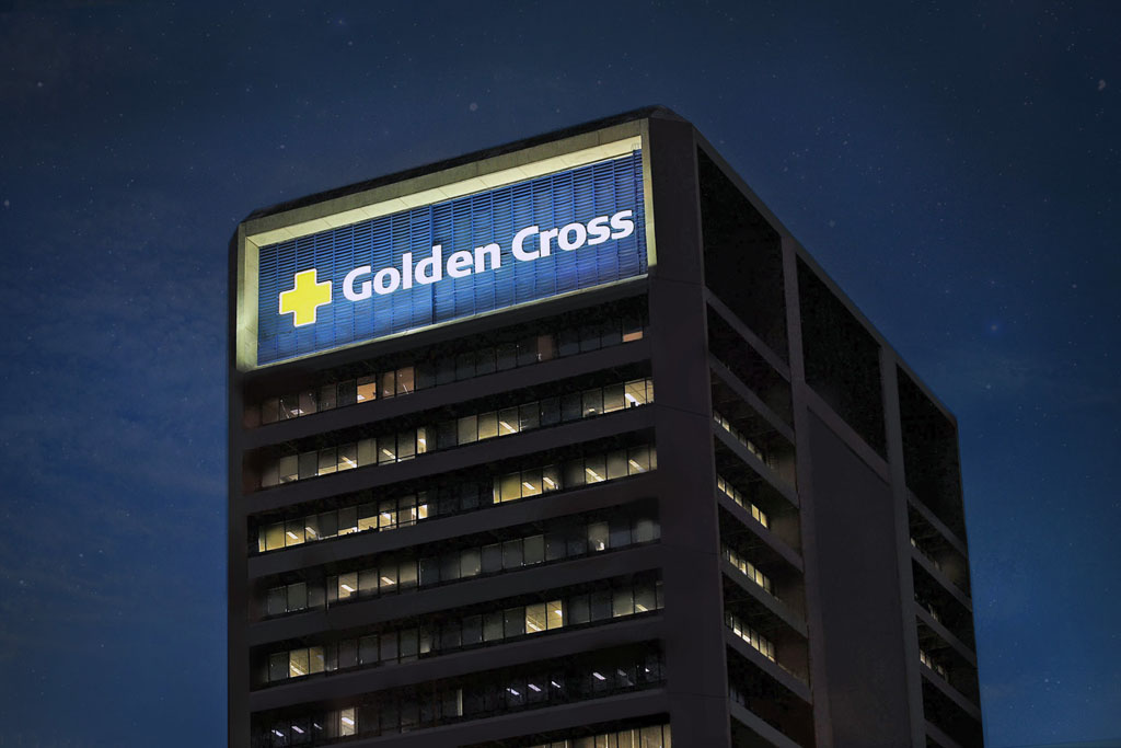 Credenciamento médico na Golden Cross - prédio sede da empresa