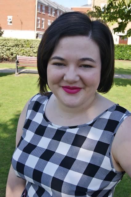 Matalan black and white gingham dress, monochrome, 1950s inspired, Clarks pink suede flat shoes, Bourjois Ping Pong velvet matte lipstick, hot pink belt, Accessorize cat eye sunglasses (1)