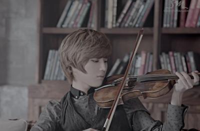 SHINee Taemin violin Sherlock