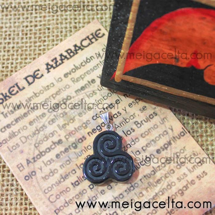 Triskel Trisquel de Azabache y Plata Amuleto Protección Talismán Buena Suerte Meiga Celta Coruña