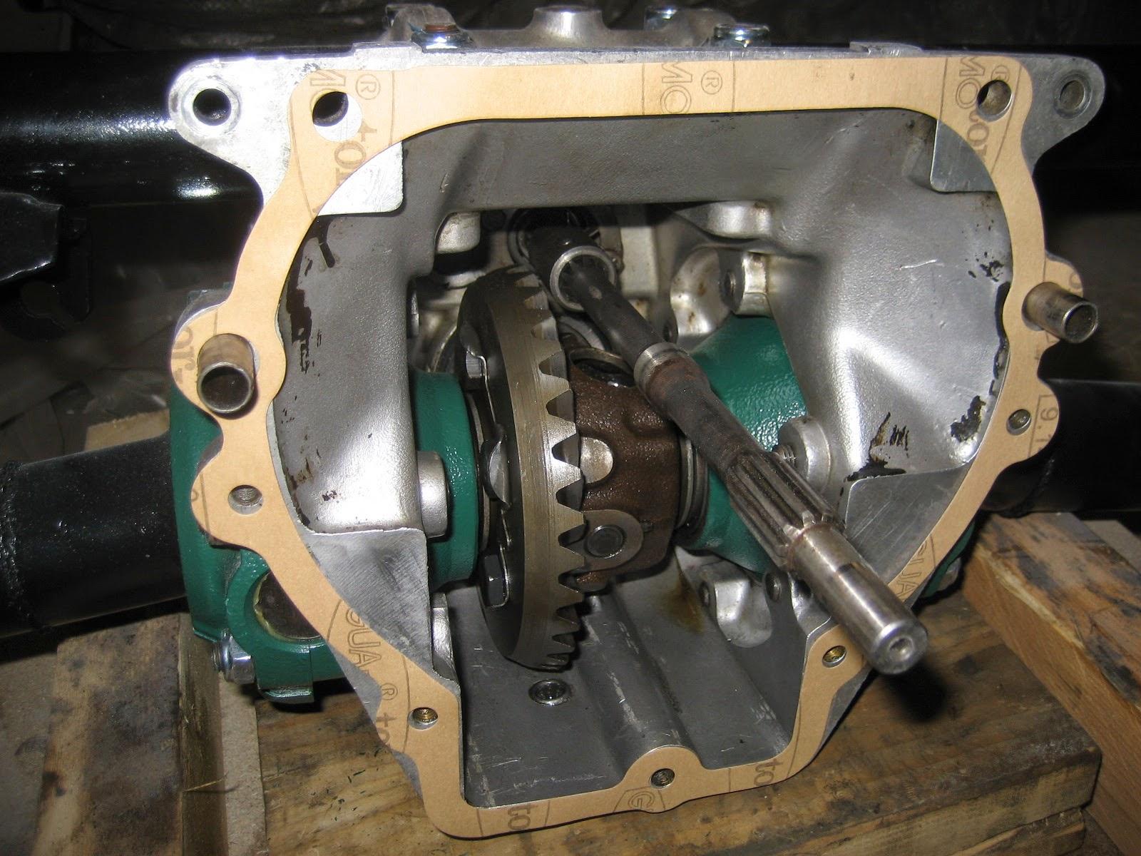 accouplement du bloc moteur et de la boite de vitesse