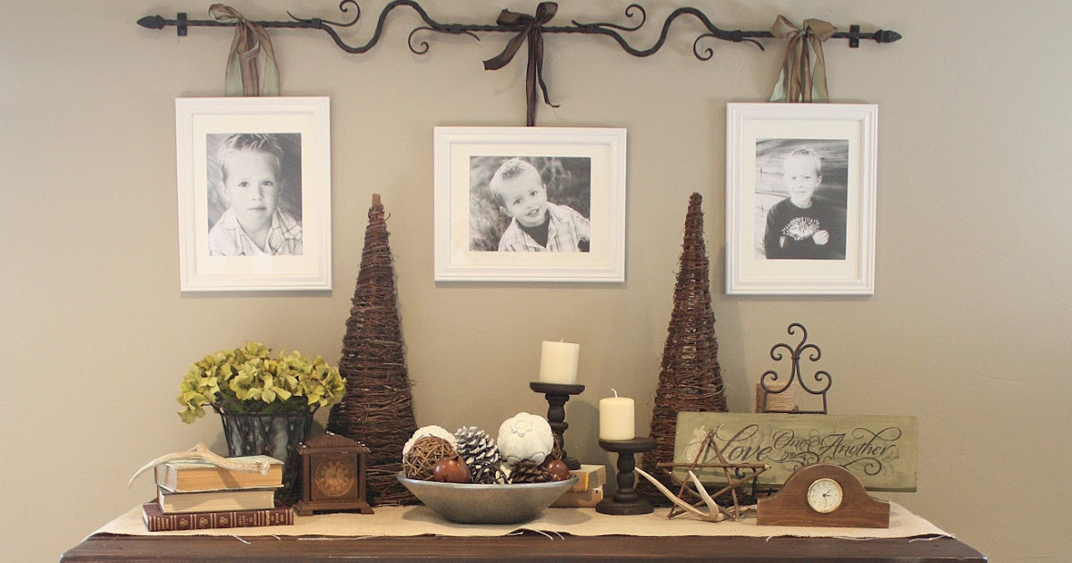 photo display ideas hanging photos with ribbon string and hooks. Black Bedroom Furniture Sets. Home Design Ideas