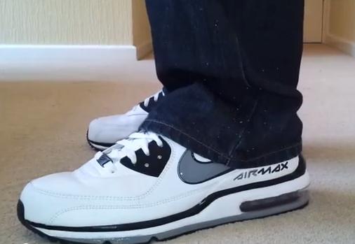 [??????:??????]Cinda Sneaker
